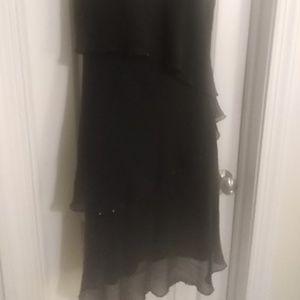 Jones New York black tiered dress w sequin trim